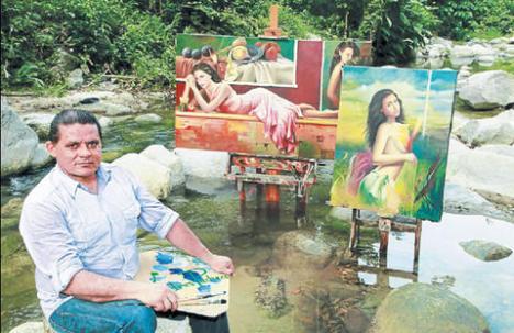 Andrés Enrique Pacheco López ama a la mujer, su belleza, su armonía corporal y sobre todo ese encanto que la hacen ser su musa en lienzos de temática libre.