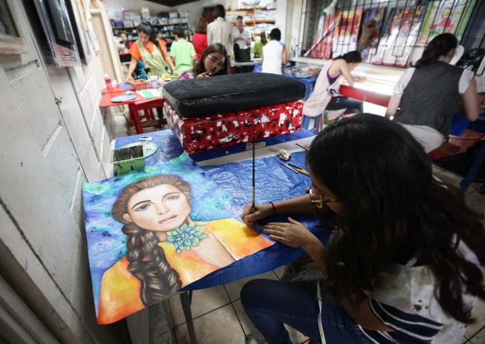 """""""Nosotros exponemos 2015"""" : el talento de 235 artistas de la plástica en Honduras (4/5)"""